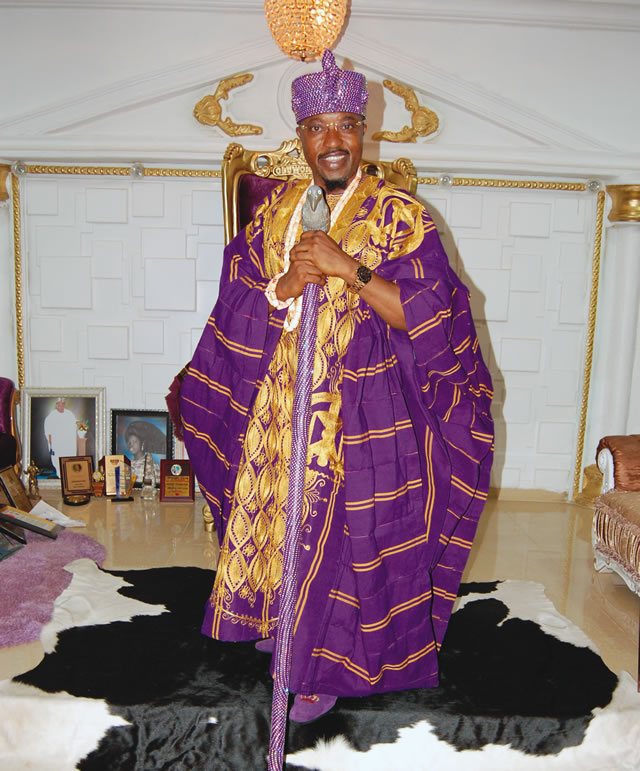 Oluwo revokes title from Iwo chief