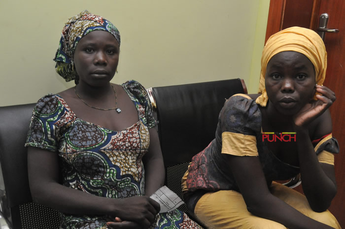 PHOTOs: 82 freed Chibok girls arrive Abuja