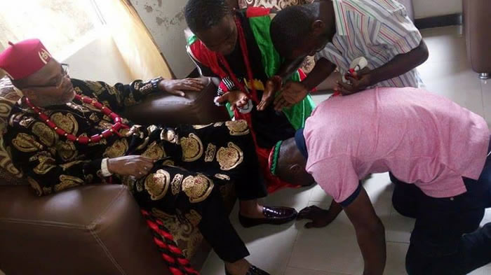 PHOTOS: Youths receive blessings from Nnamdi kanu