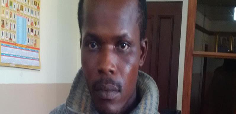 How cops battered, dehumanised me – Man handcuffed to Edo police van