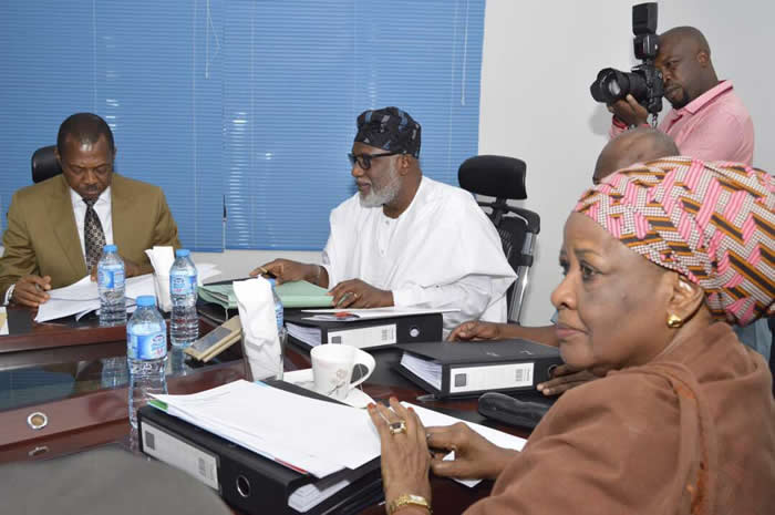 PHOTOS: APC panel on restructuring meets in Abuja