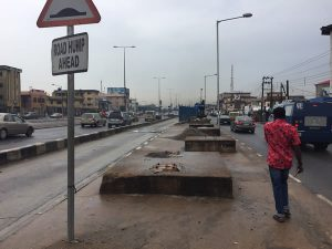 Lagos completes removal of dilapidated Fadeyi pedestrian bridge