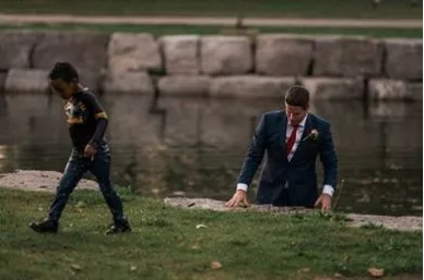 Groom leaves wedding photo session to rescue drowning boy
