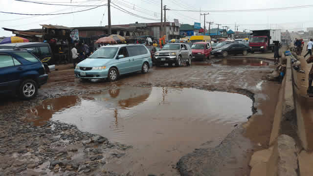 Lagos-Abeokuta Expressway: Shame of a federal road