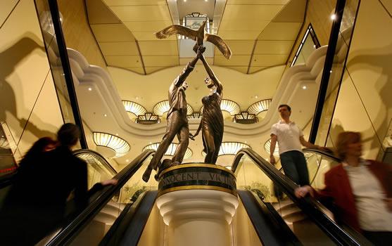 London store Harrods to remove Diana statue