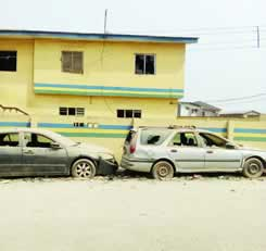 Hoodlums attack Ogun police station, free suspects, destroy cars