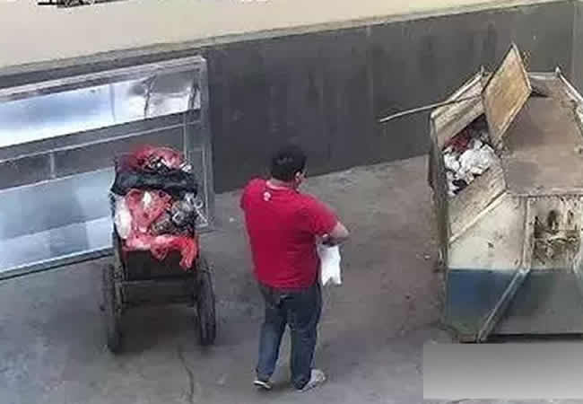 Dad throws newborn into dustbin, says he thought she was dying