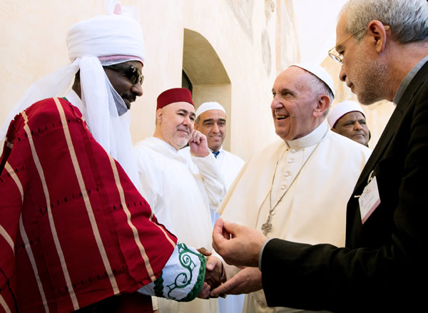 emir-of-kano-meets-pope-francis