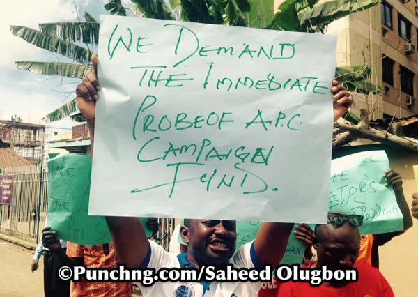 protest-to-efcc-office3