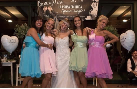 Italian woman marries herself in fairytail ceremony