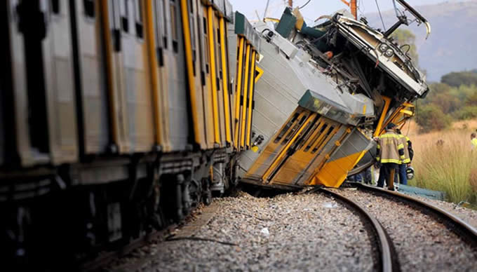 Death toll in South Africa train crash rises to 19