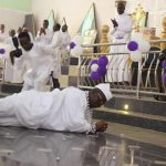 PHOTOS: Aare Ona Kakanfo rolls on floor during church thanksgiving service